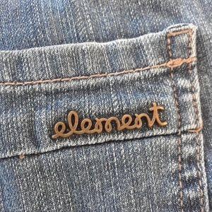 Element Shorts - Cuffed denim shorts